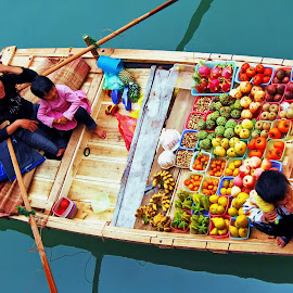 floating vegetables store by Dan Baciu - Food & Drink Fruits & Vegetables ( raw, vegetables store, colors, fruits, thailand, vegetables, vietnam, cat ba, fresh vegetables, health, vegan, market, food, floating village, local market, colored, halong bay, healthy food, fresh fruiits, fresh fruites, raw food )