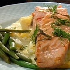 Atlantic Salmon With Creamed Potatoes And Green Beans