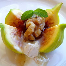 Greek Blossoms - Fresh Figs With Honey, Yogurt, and Walnuts