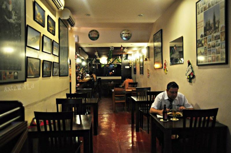 Ingolf s kneipe german restaurant bar interior