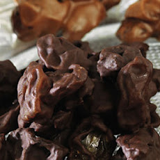 Chocolate Raisin Clusters