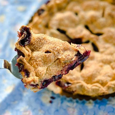 Mixed Berry Pie (Made with Fresh Berries)