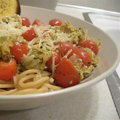 Smoked Salmon and Pesto Spaghetti