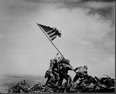 WW2_Iwo_Jima_flag_raising