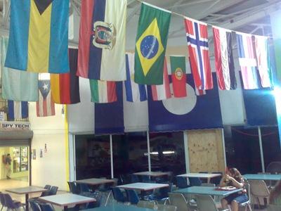 A tasca onde almocei na baixa de Miami... chamava-se Restaurante Brasileiro, apesar de todos os funcionários serem hispânicos e não haver um único gajo do Brasil!