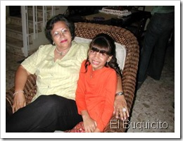 Lourdes Gutierrez y su nieta Clarisse