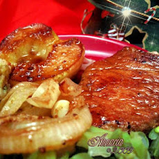 Pork Chops With Sage and Sweetened Apples