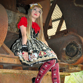 Steam Punker 5 by Marco Bertamé - People Street & Candids ( fond de gras, outfit, blond, steam punk, lady, festival, young, luxembourg )