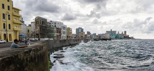 אי בתוך אי – מסע אל הקהילה היהודית בקובה