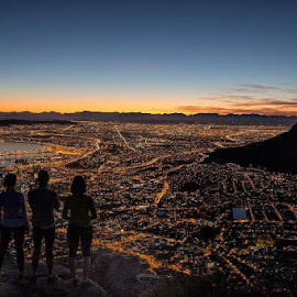Waiting for dawn by Michael Groenewald - Landscapes Sunsets & Sunrises ( dawn, south africa, landscape, cape town, lions head )