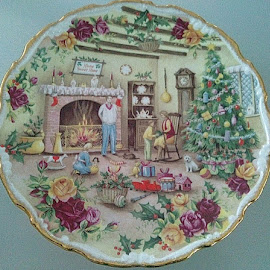 Christmas by Lyz Amer - Artistic Objects Cups, Plates & Utensils ( plate )