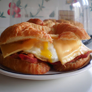 Bacon, Egg & Cheese Breakfast Croissants