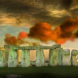 Stonehenge by Anthony von Roretz - Buildings & Architecture Statues & Monuments ( salisbury, site, history, archaeology, stonehenge, sky, amesbury, drama, world, heritage )