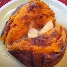 Cinnamon Baked Sweet Potatoes / Yams
