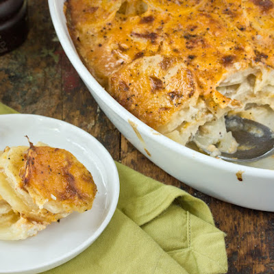 Scalloped Potatoes with Onions and Cheddar Cheese