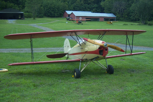 Great Lakes T2-1R at Rhinebeck Aerodrome, Copyright 2008 Christopher Smith