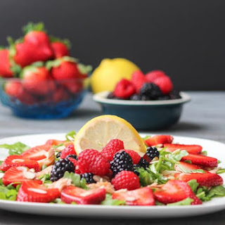 Salmon Berry Almond Salad with Lemon Honey Dressing #SundaySupper