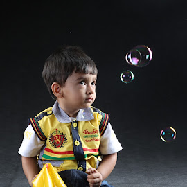 life is a bubble by Prince Ravi - Babies & Children Child Portraits ( life, bubbles, toddler, boy, kid )