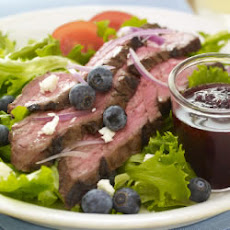 Lawry's® Balsamic Steak Salad with Blueberry Dressing