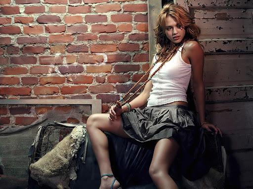 Jessica Alba sexy gallery