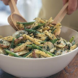 Penne with Pesto, Potatoes and Green Beans