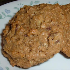 Oatmeal, Chocolate Chip & Walnut Cookies
