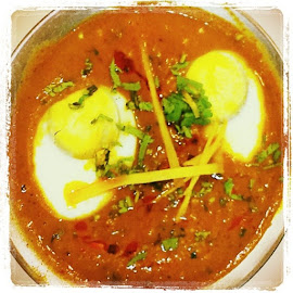 Gingery Egg Curry by Maqsud Devdiwala - Food & Drink Cooking & Baking