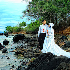 Prewedding In Rambang Beach  by Nandy Photograf - Wedding Other