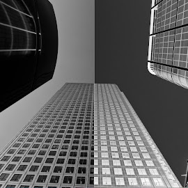 Canary Wharf - Black v White Challenge by Andrew Robinson - Buildings & Architecture Office Buildings & Hotels ( london, black and white, canary wharf )
