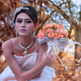 by Ale Nya Mufida - Wedding Bride