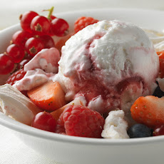 BERRY MERINGUE MESS
