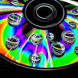 Ligth Painted on a CD through a Mobile Flash.  by Abhishek Mittal - Abstract Light Painting