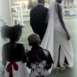 Little Helpers by Katie Stapes - Wedding Groups ( wedding, children, train, veil, bride )