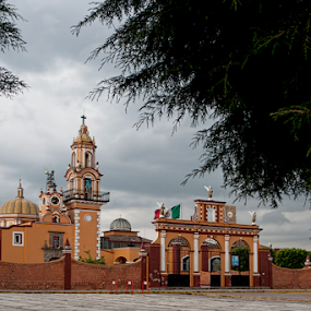 Near Puebla city by Cristobal Garciaferro Rubio - City,  Street & Park  Historic Districts