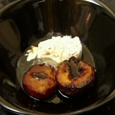 Caramelised Plums With Mascarpone Cheese