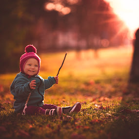 An autumn sunset by Niklas Jumlin - Babies & Children Child Portraits ( babygirl, manualfocus, moment, children, achieve, little, travel, cute, exploring, kid, child, love, playing, story, stock, availablestockimage, girl, happy, lifestyle, beforedark, baby, mf, smile, crawling, fairytale, parenting, stockphotographer, learn, happiness, learning, milestones, discovering, magic, tuva, sonya7, naturalmoment, small, golden, Travel, People, Lifestyle, Culture,  )