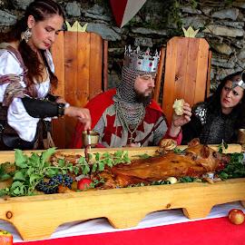 The King eats,Medvedgrad Zagreb - Croatia by Jerko Čačić - People Musicians & Entertainers
