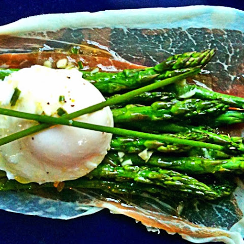 Steamed Asparagus With Poached Eggs Recipes — Dishmaps