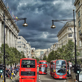 by Jose Figueiredo - City,  Street & Park  Street Scenes ( bus, london, street )