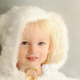 Winter Cape ~ Colour by Kelly Murdoch - Babies & Children Child Portraits ( girl, winter, female, porait, toddler, seaon, ztam )