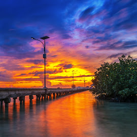 When the sun goes down by Aditya Permana - Landscapes Sunsets & Sunrises ( nature, waterscape, sunset, ridung, bridge, travel, beauty, nikon, landscape, color, colors, portrait, object, filter forge,  )