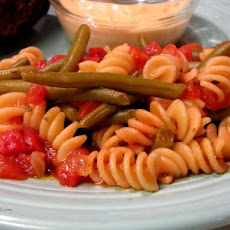 Skillet Green Beans and Noodles
