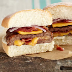 Cheesy Bacon-Stuffed Burgers