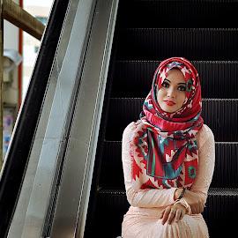 by Mushahidin Mdzuki - People Fashion
