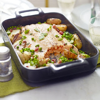 Roast Salmon With Peas, Potatoes & Bacon