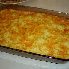 Easy Cheesy Corn Casserole