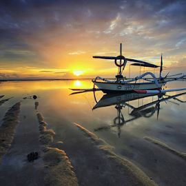 Roll Morning Light by Yudik Pradnyana - Landscapes Sunsets & Sunrises ( #landscape #boat #sunrise #bali #cloud,  )