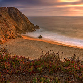Another shot while waiting for the sunset in Pacifica by Jeffrey Ferrer - Landscapes Beaches