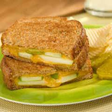 Apple 'n Cheddar Grilled Cheese