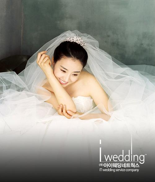 Wedding Korean Star: Korea Actress Park Eun Hye (박은혜)' Wedding Dress Photos